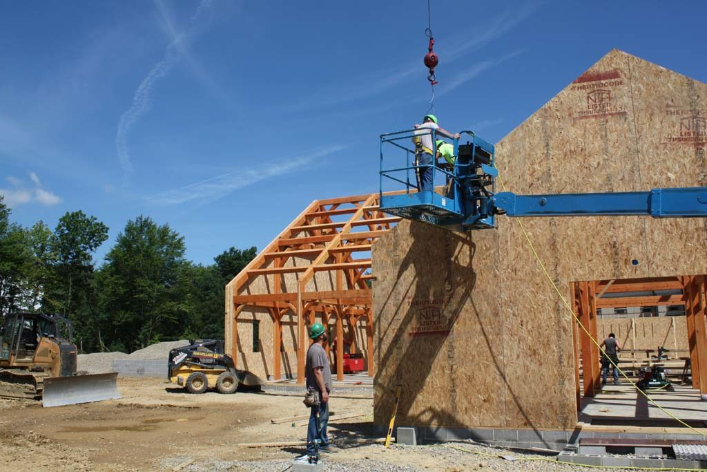 Commercial_timberframe_pub_3